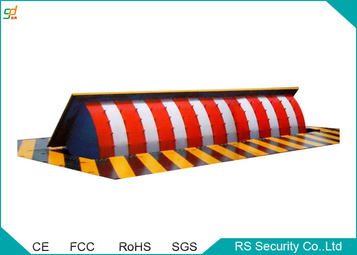 Manual Vehicle Retractable Barrier Gate 380 V Security Road Blocker